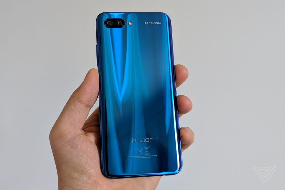The Honor 10 is exactly the budget Huawei P20 Pro we were expecting