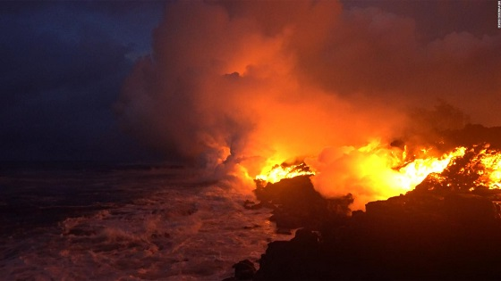 Hawaii lava reaches ocean, brings new danger