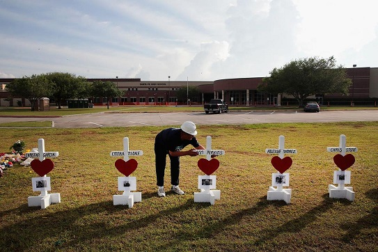 Santa Fe comes together through faith after school shooting that left 10 dead