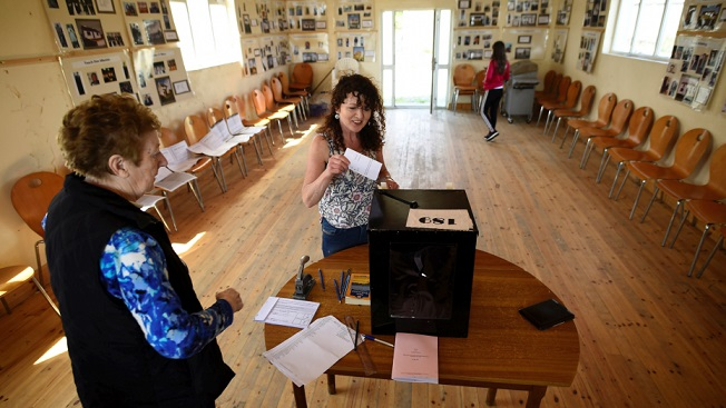 Voting begins throughout Ireland in major abortion decision