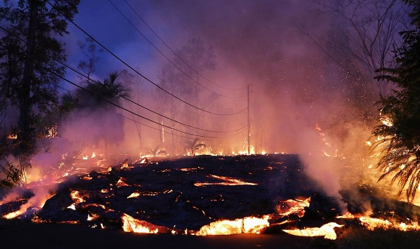 More Hawaii residents forced to evacuate as Kilauea volcano danger continues