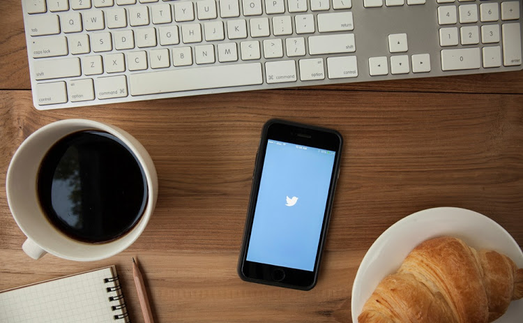 Twitter security fail: Users urged to change passwords after glitch
