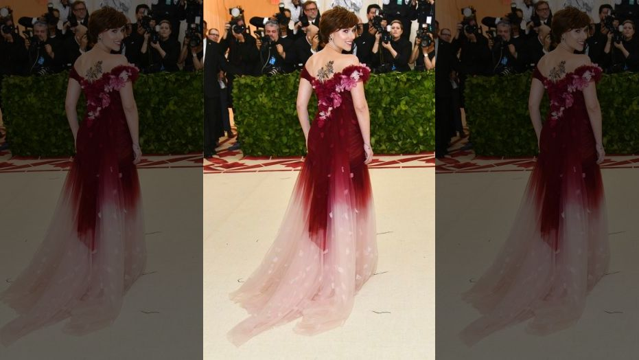 Scarlett Johansson wears Marchesa, owned by Harvey Weinsteins estranged wife, to Met Gala