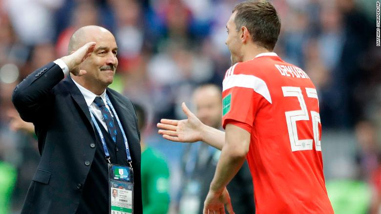 Russia open World Cup with thumping win over Saudi Arabia