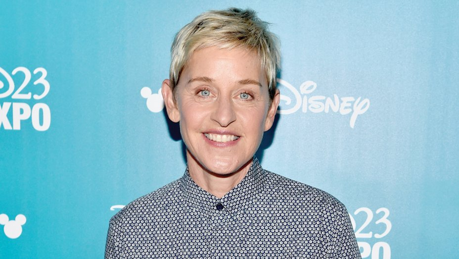 Ellen DeGeneres Sets First Stand-Up Tour in 15 Years