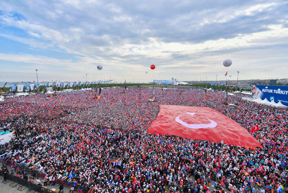 Turkey CRISIS: Arrest of 124 coup supporters ordered as Erdogan faces LOSING power