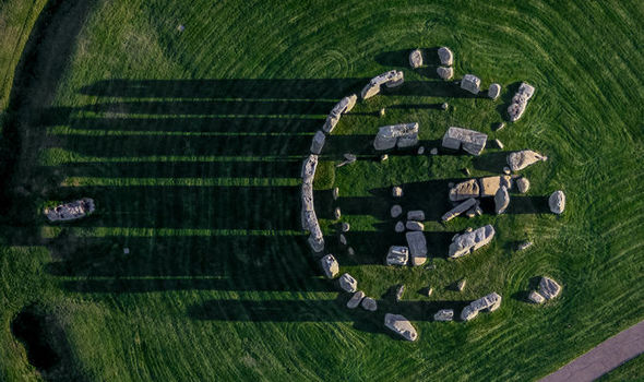 Stonehenge built using Pythagoras' theorem 2,000 years BEFORE philosophers birth