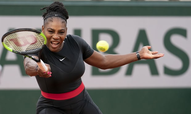 Serena Williams shines even as she struggles at French Open