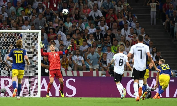 Toni Kroos brings off late miracle for Germany to stun Sweden
