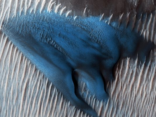 Stunning NASA photo shows blue sand dune on Mars, the Red Planet