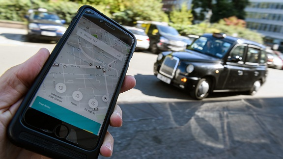 Uber wins right to keep operating in London