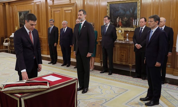 Pedro Sánchez sworn in as Spain's prime minister after no-confidence vote