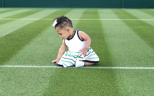 Serena Williams and baby Alexis inspect Wimbledons childcare arrangement before going back to work