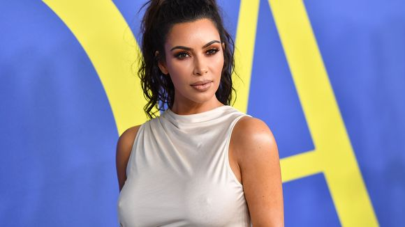 Braless Kim Kardashian West gets cheeky in CFDA Awards speech: Im naked most of the time