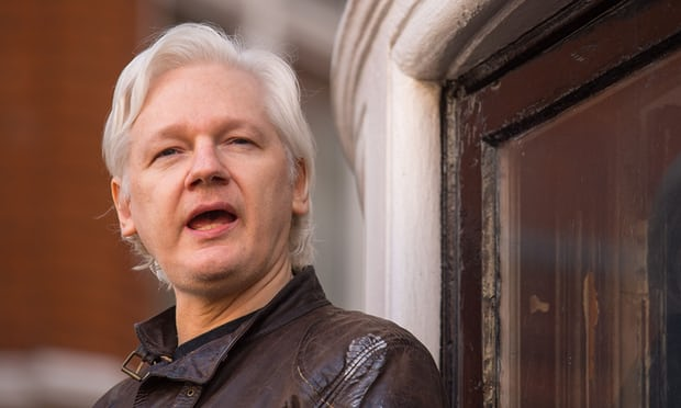 Cambridge Analytica director met Assange to discuss US election