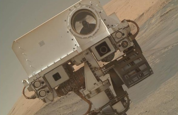 NASAs Curiosity rover finds organic matter on Mars