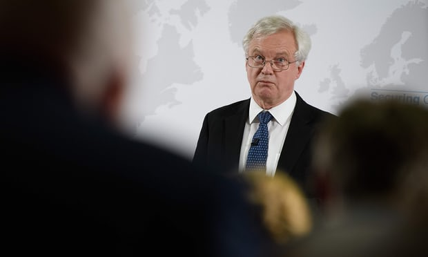 David Davis urged not to resign over Brexit backstop