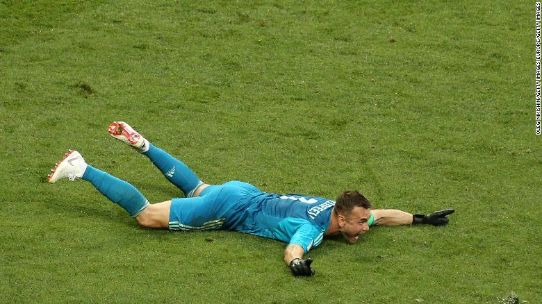 Russia knocks out Spain in penalty shootout
