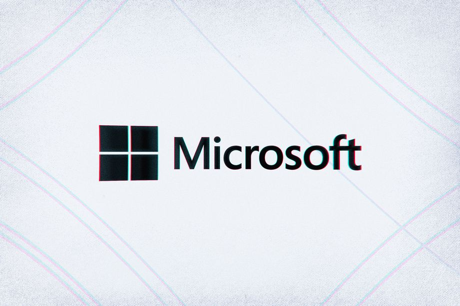 Microsoft says it doesn't work on ICE facial recognition and calls for regulation