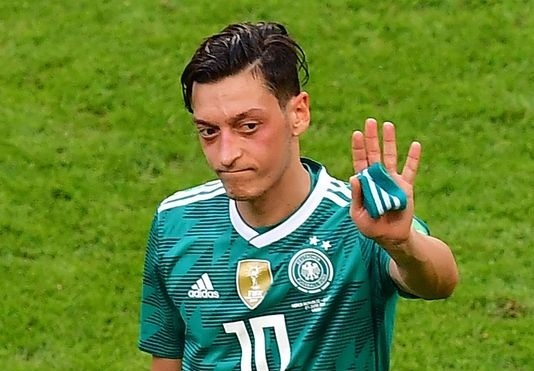 Mesut Ozil quits German national soccer team, citing racism and disrespect