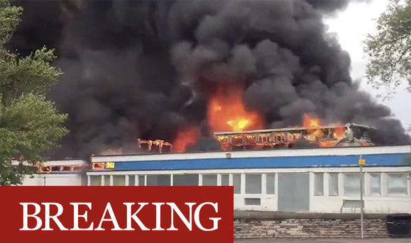 Glasgow fire: Huge blaze erupts at school - firefighters race to scene in Crookston Road