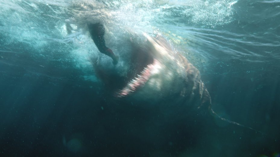 Weekend Box Office: The Meg Showing Some Teeth With A $15M Opening Day