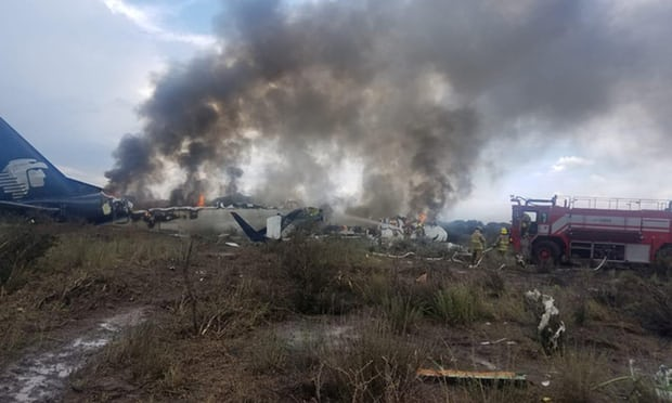 Mexico plane crash: 103 people onboard but all survived, say officials