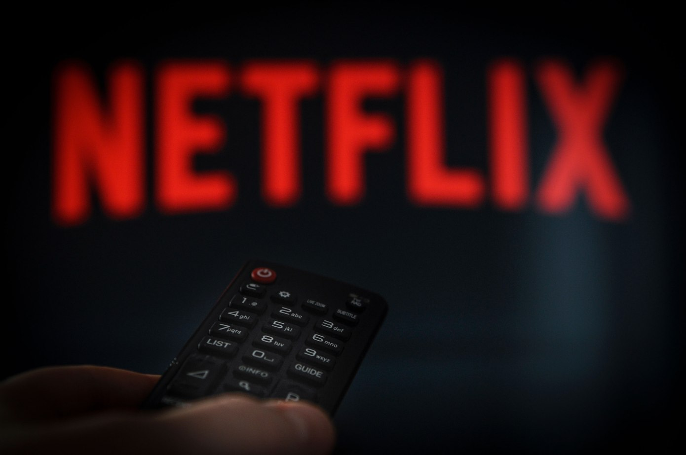 Netflix tests video promos in between episodes, much to viewers dislike