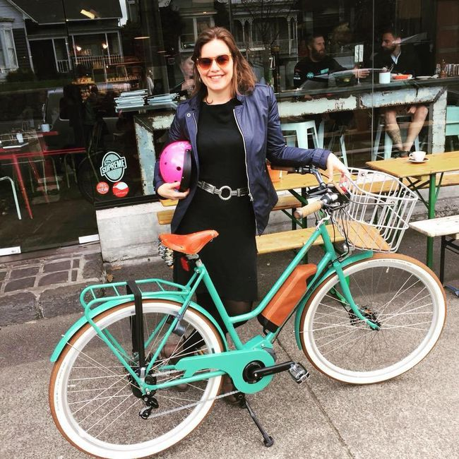 New Zealand politician bikes to hospital before giving birth