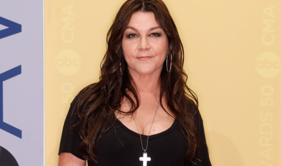 State Police: Country Music Artist Gretchen Wilson Arrested At Bradley Airport