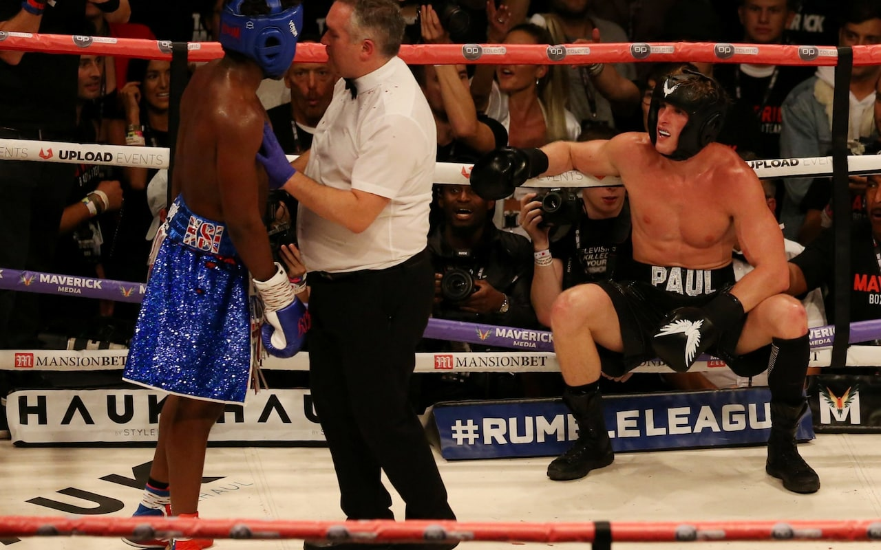 YouTube stars KSI and Logan Paul draw in fight dubbed the biggest internet event in history