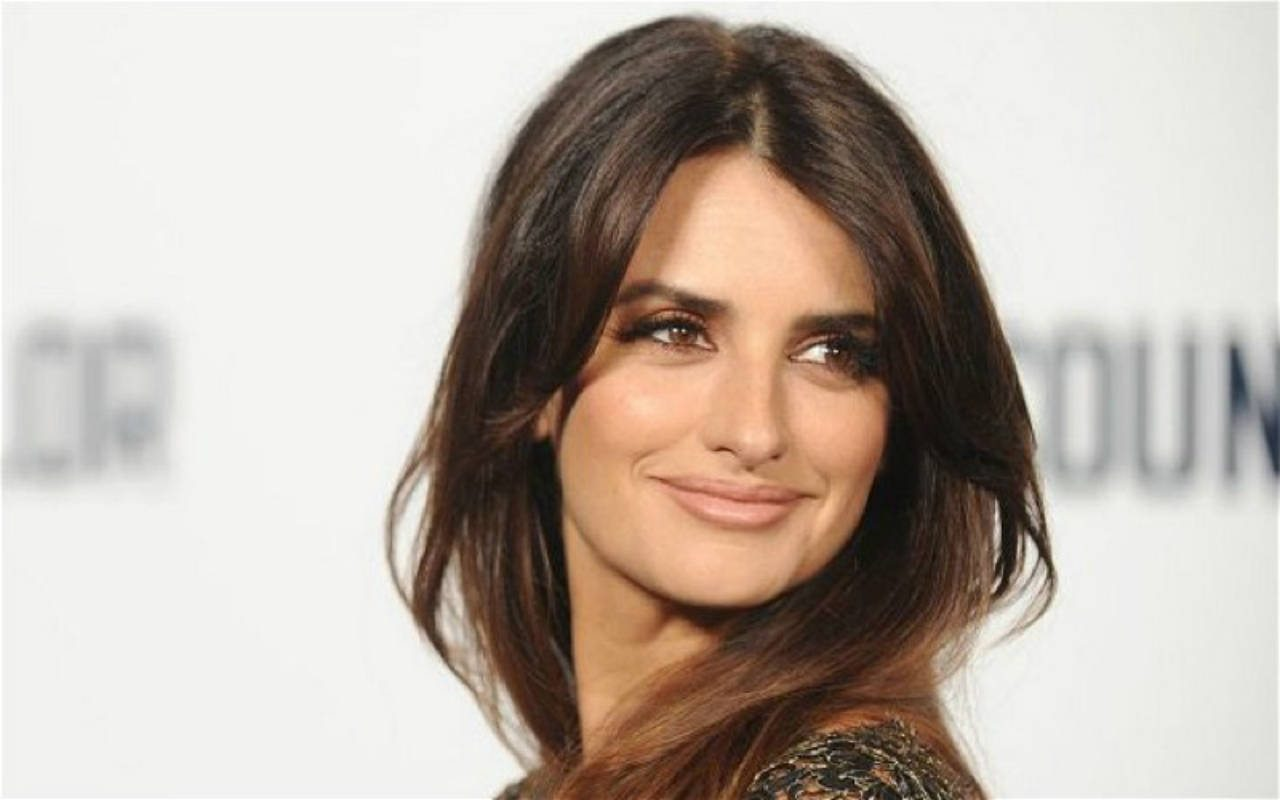 Why Penélope Cruz Would Love to Continue Working With Ryan Murphy