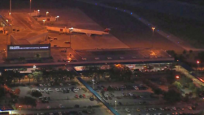 Police: Orlando-Melbourne International Airport back open on lockdown