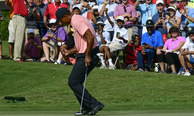 Tiger Woods fires a five-under 65 to share East Lake lead with Rickie Fowler