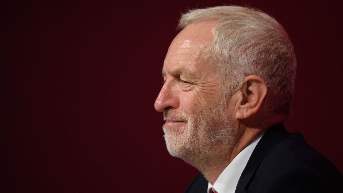 Labour back second Brexit vote if theres no general election