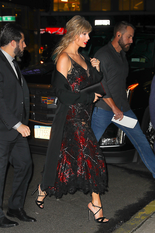 Taylor Swift Stuns In Sheer Gown As She Sneaks Into Joe Alwyns Movie Premiere For Rare Date Night