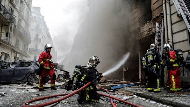 Paris bakery gas explosion kills two firefighters