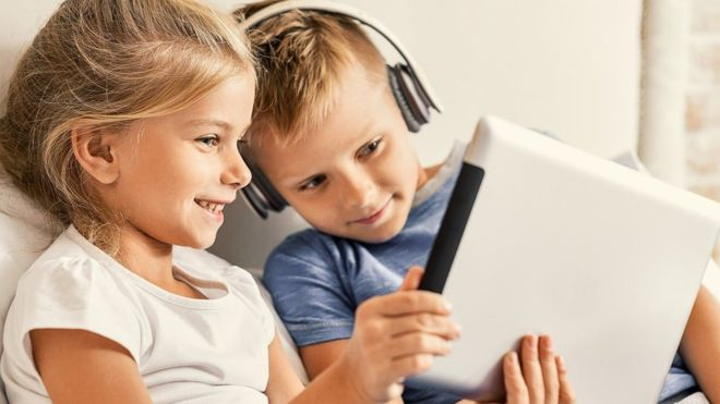 Facebooks popularity dips with UK children, says Ofcom