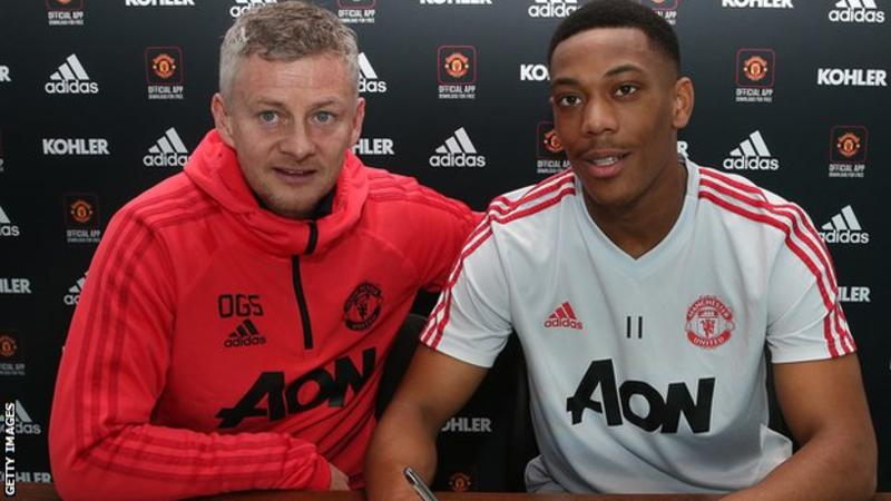 Anthony Martial: Man Utd forward signs new contract until 2024