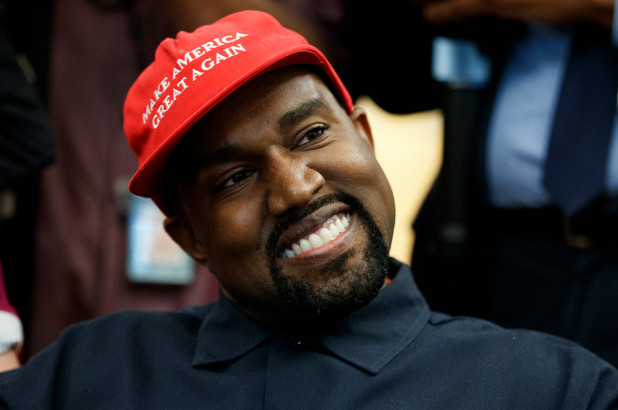 Trump gives Kanye West a shout-out after rapper tweets his praise