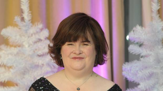 Susan Boyle makes emotional appearance on America's Got Talent