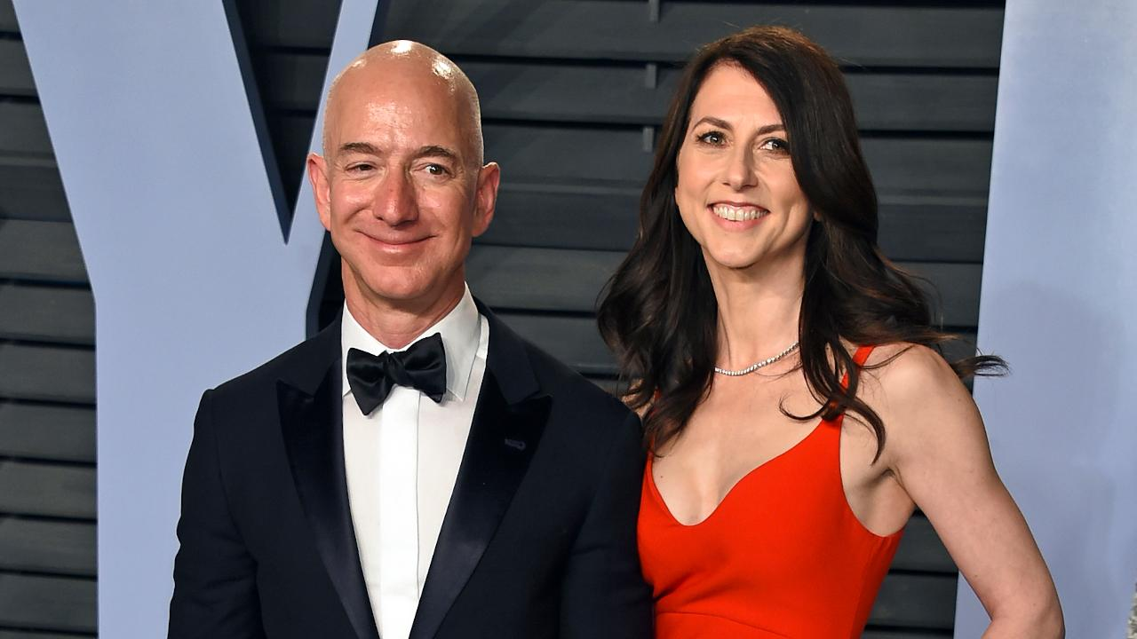 Jeff Bezoss messy 2019: Divorce, blackmail and an Amazon HQ2 feud