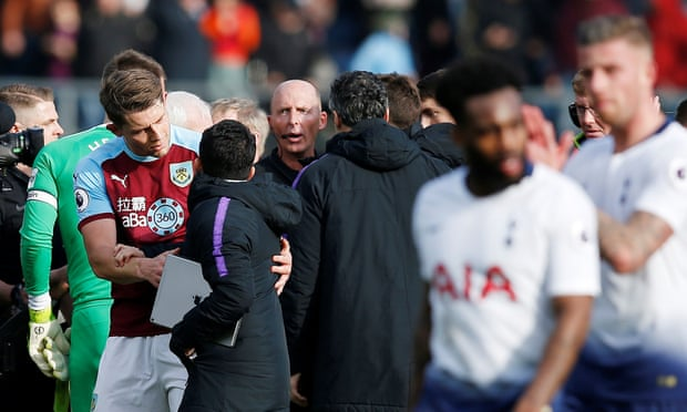 Burnley's Ashley Barnes hits Spurs' title hopes with winner after Kane goal