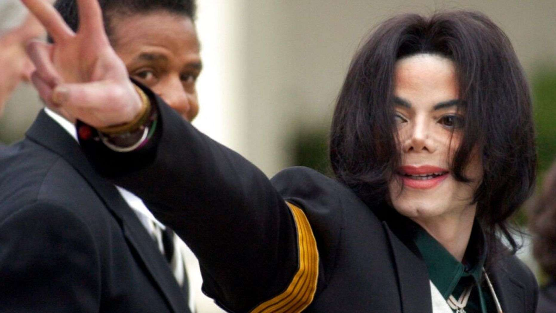 Oprah Winfrey to interview Michael Jackson's accusers: report