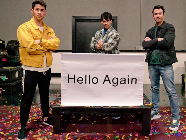 Jonas Brothers are back!