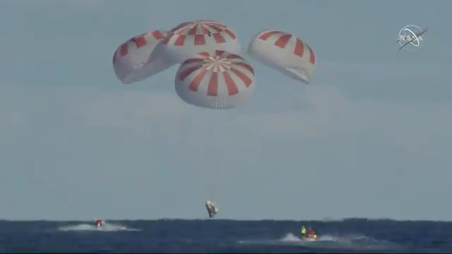 SpaceX Dragon crew capsule makes successful splashdown after test flight