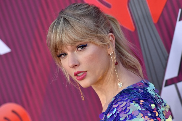 Dissecting Taylor Swift's April 26 clues