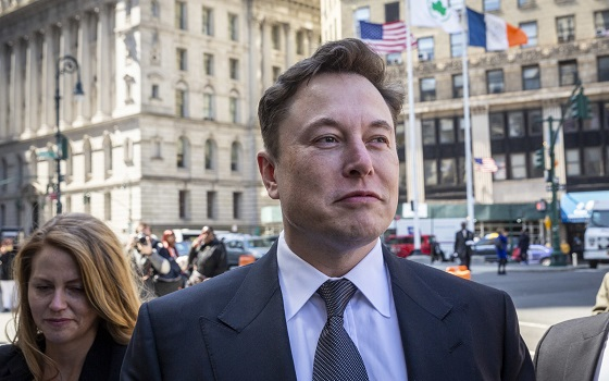 Judge orders Elon Musk and the SEC to settle Tesla tweet dispute