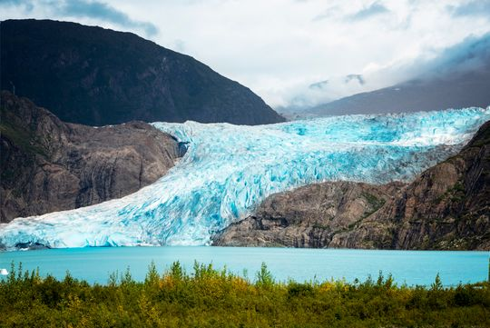 Good-bye glaciers: 390 billion tons of snow and ice melts each year as globe warms