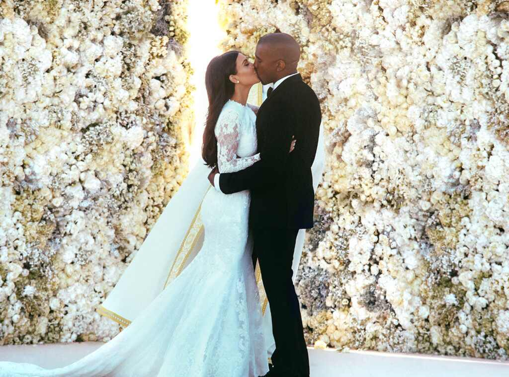 Inside Kim Kardashian and Kanye Wests Low-Key Anniversary Dinner